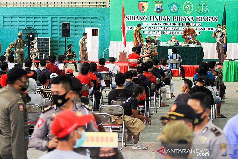733 Orang ikuti sidang pelanggaran protokol kesehatan di Sidoarjo