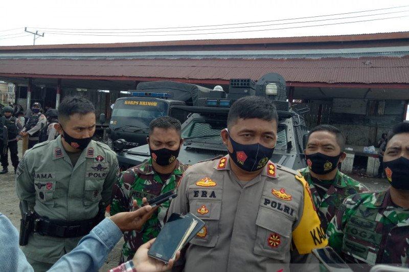 Polisi Mimika larang warga berkumpul cegah penularan COVID-19
