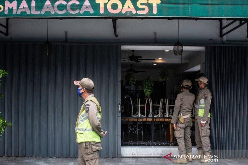 Dinkes DKI: Alasan pelarangan makan di tempat adalah penggunaan masker