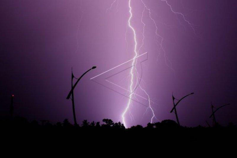 BMKG : Waspadai hujan ekstrem di puncak musim hujan 2020 di Sumbar