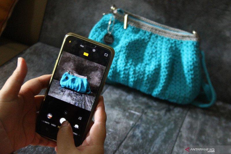 Menkop UKM sebut 10,25 juta UMKM terkoneksi ke platform daring