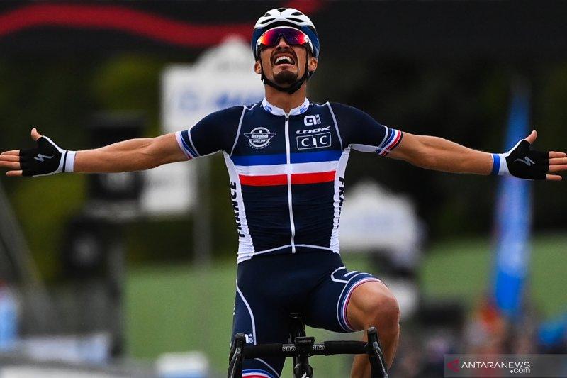 Julian Alaphilippe juara dunia road race 2020