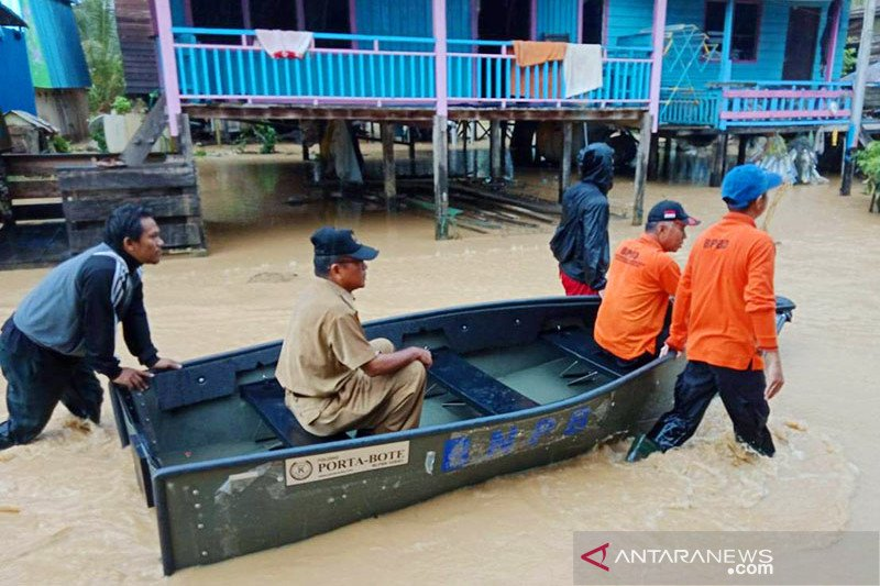 Hujan deras, belasan rumah di Nunukan terendam banjir