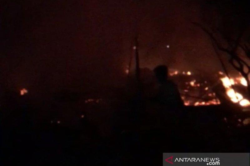 Enam rumah warga rusak akibat kebakaran di Penajam Paser Utara