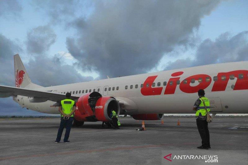 Lion Air rute Lombok-Surabaya mendarat darurat akibat kerusakan mesin