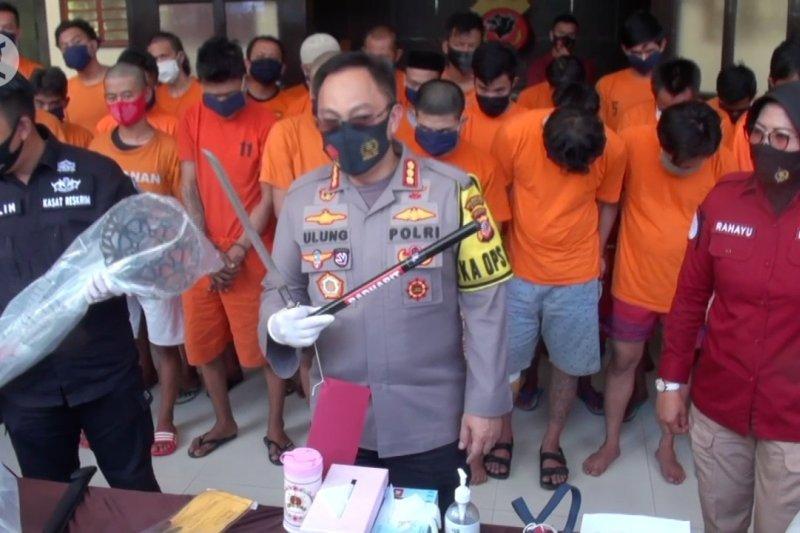 Polisi tangkap belasan pelaku kejahatan saat AKB di Bandung