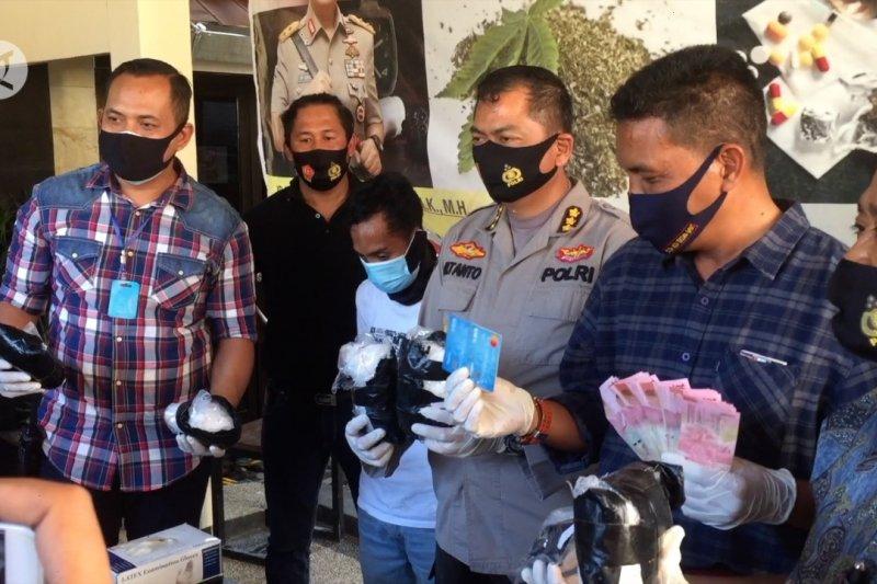 Polda NTB gagalkan penyelundupan 2,6 kg sabu asal Batam