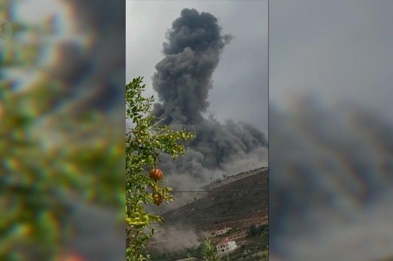 Dua ledakan besar hantam gudang senjata Hizbullah di Lebanon selatan