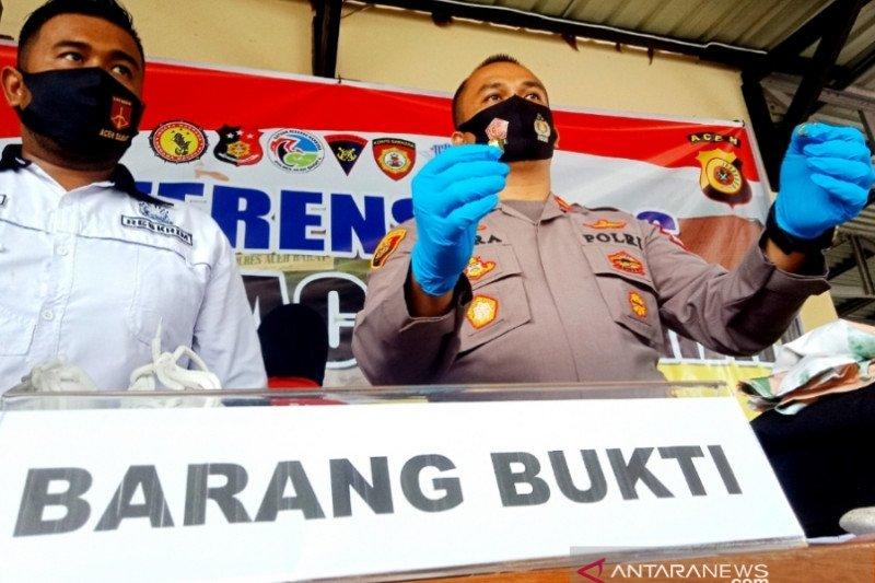 Polisi tangkap IRT penipu berkedok dukun penglaris di Aceh Barat