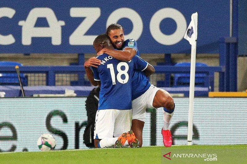 Everton, Manchester United lanjut ke perempat final Piala Liga