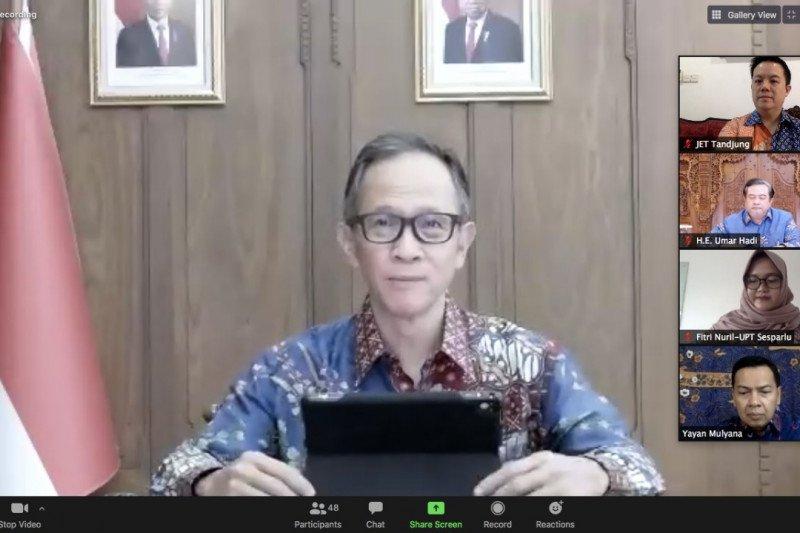 Kemlu perkuat tonggak perjalanan diplomasi batik