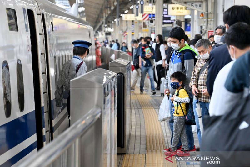 Jepang akan hapus larangan perjalanan untuk 12 negara termasuk China