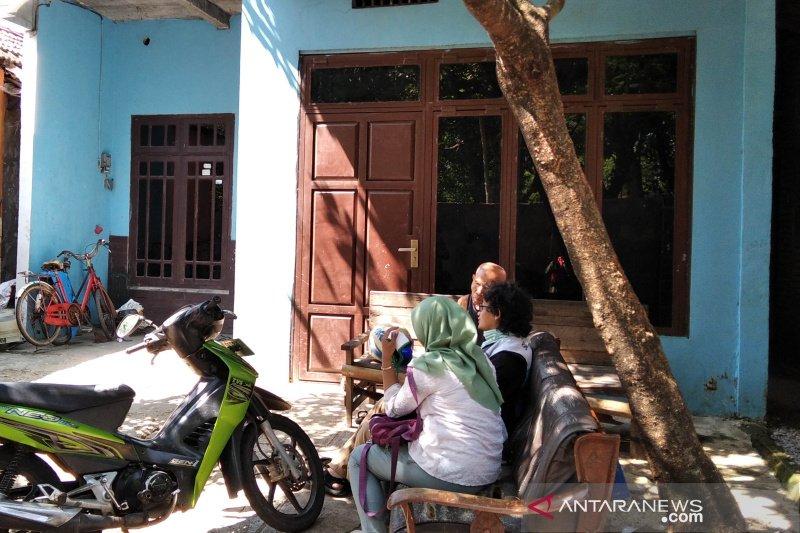 Densus 88 geledah rumah warga Kudus diduga terkait jaringan teroris