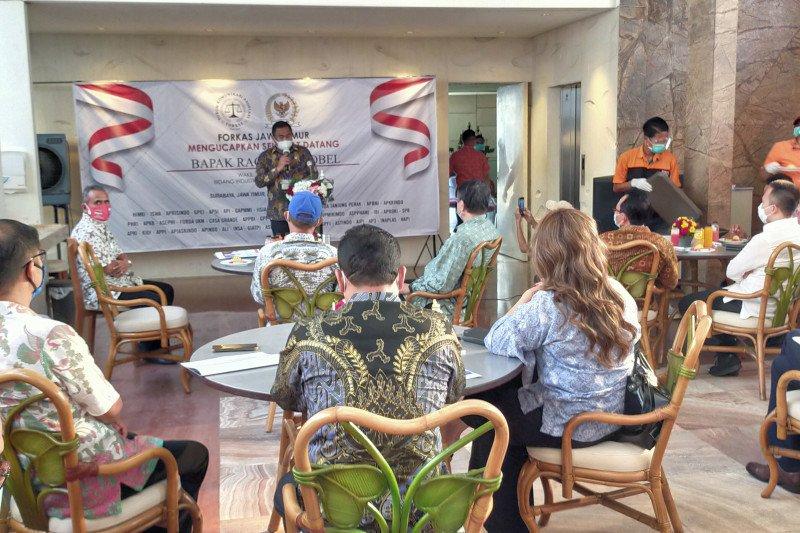 Wakil Ketua DPR Rachmat Gobel dengarkan keluhan pengusaha Jatim