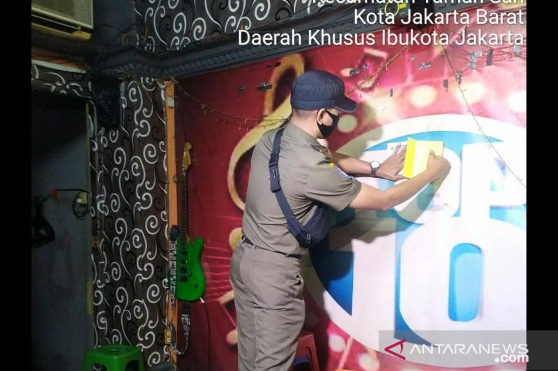 Jakarta Barat tindak 18 tempat usaha pelanggar PSBB