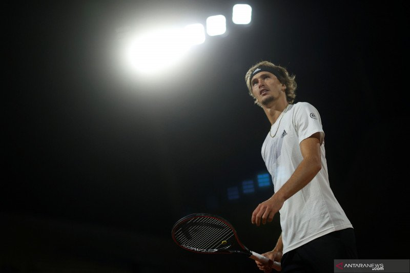Tenis French Open: Zverev ke babak 16 besar setelah kalahkan Cecchinato