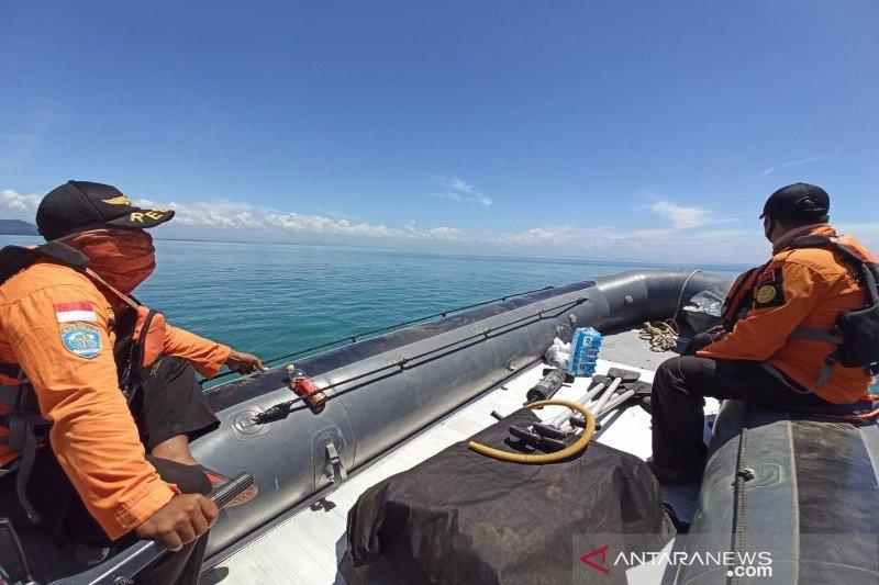 Tim SAR cari seorang pemanah ikan terseret arus di perairan Malangke