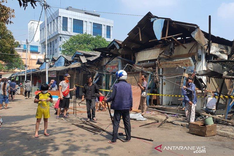 Bangkitnya pedagang Pasar Cempaka Putih setelah mengalami kebakaran