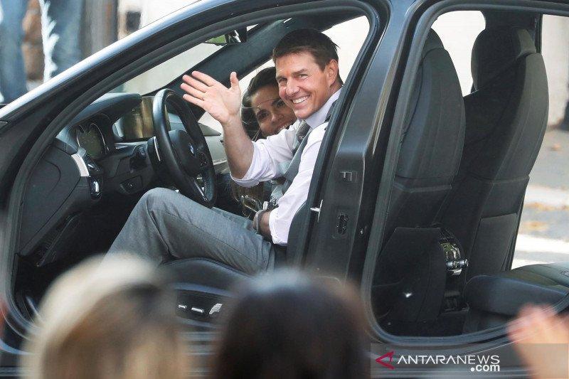 Tom Cruise bangun studio rampungkan