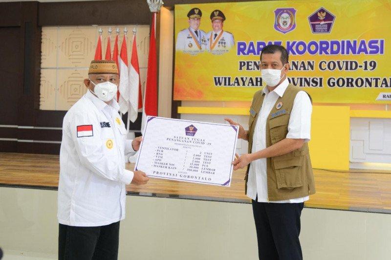 BNPB serahkan bantuan penanganan COVID-19 di Gorontalo