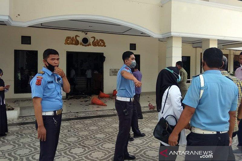 Pelempar gedung DPRD Kota Jambi diperkirakan berusia pelajar SMA