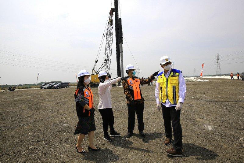 Wali Kota Risma ingin Proyek Simpang Susun di Surabaya dipercepat
