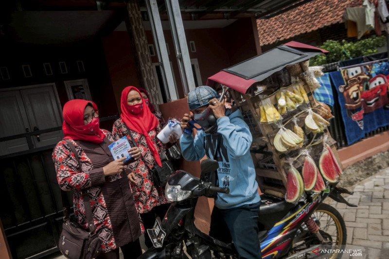 Sosialisasi protokol kesehatan 3M di perkampungan