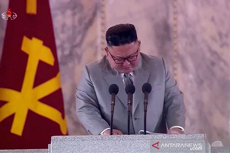 Lewat air mata dan ucapan maaf, Kim Jong Un ingin rebut simpati rakyat