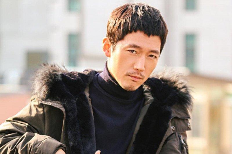 Pengalaman traumatis dorong Jang Hyuk tampil maksimal di film laga