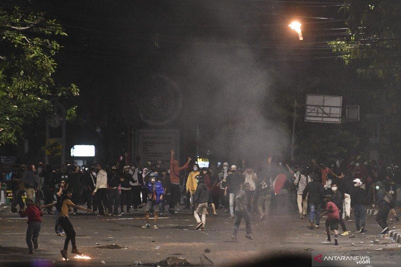 Polda Metro Jaya tahan 20 pembakar Halte TransJakarta