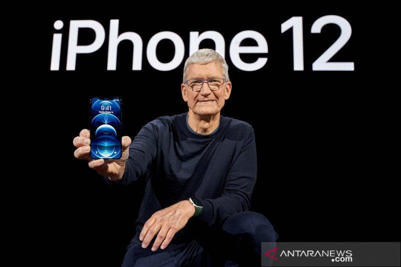 Tim Cook mengkritik media sosial