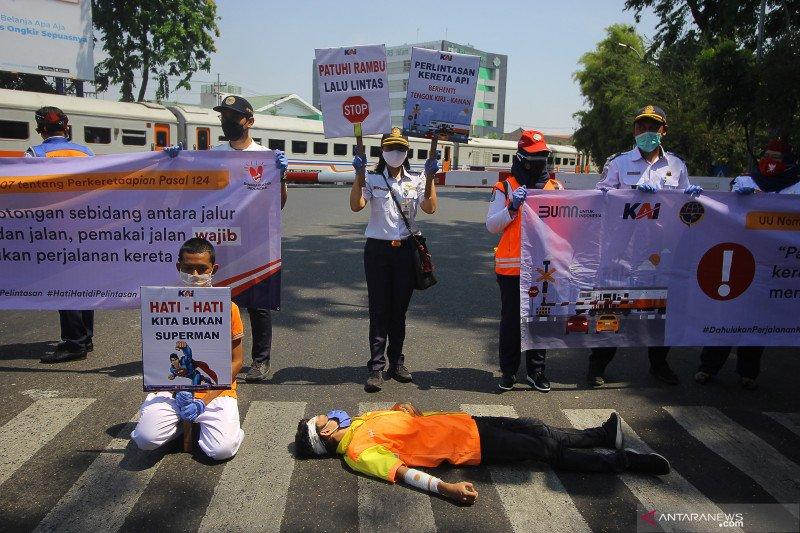 Daop Surabaya: Tren kecelakaan di perlintasan sebidang meningkat