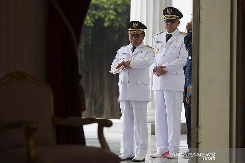 Politik kemarin, Prabowo ke AS hingga Gubernur Aceh diberhentikan