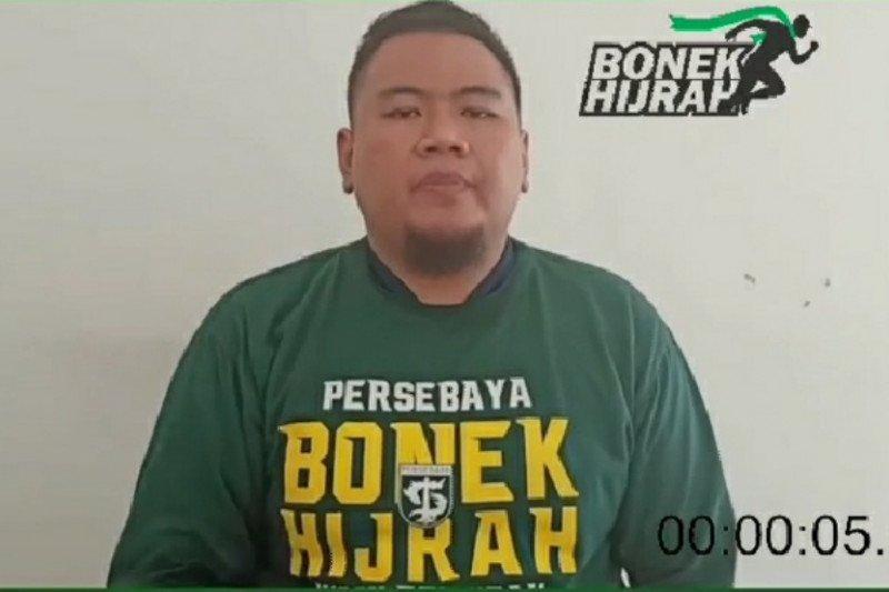 Bonek Hijrah protes nama dan logo digunakan kampanye Pilkada Surabaya
