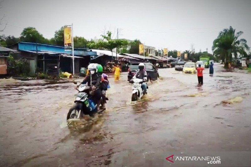 Banjir melanda beberapa bagian wilayah Sampit