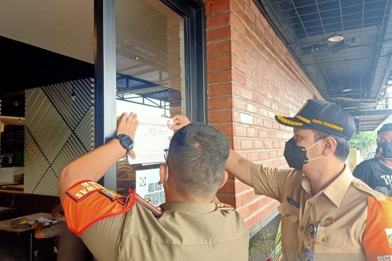 Kepatuhan warga Jakbar terhadap prokes meningkat saat PSBB Transisi