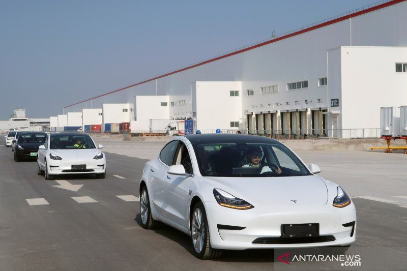 "Tesla ""made in China"" diekspor ke Eropa"