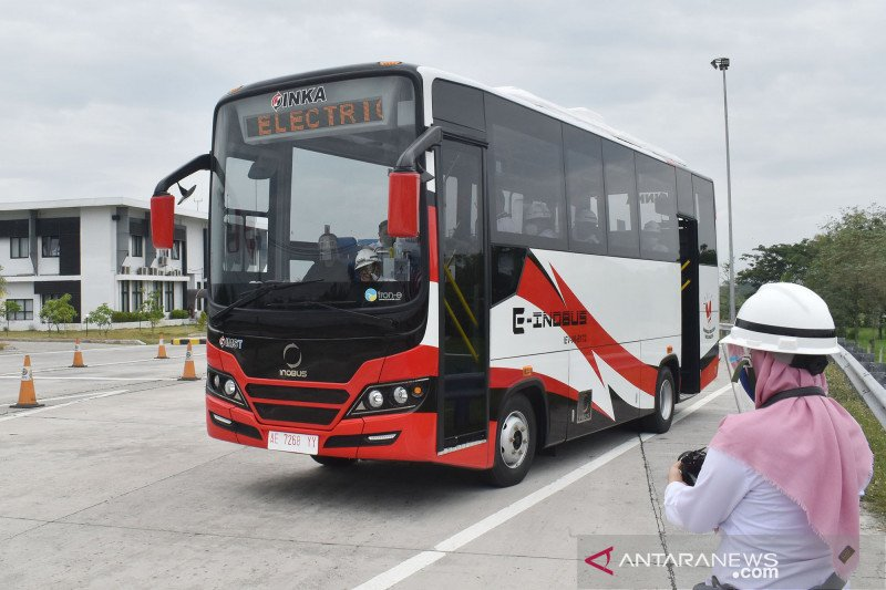 INKA uji prototipe bus listrik