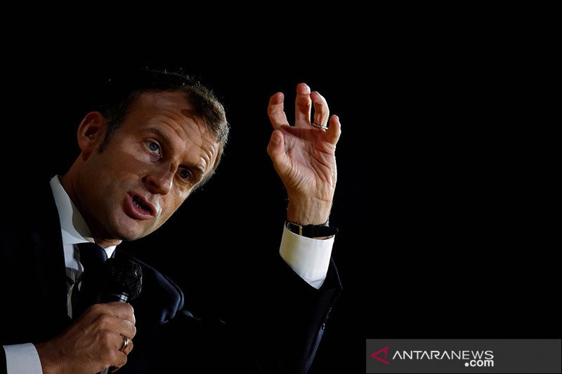 Prancis akan usir 231 tersangka ekstremis usai serangan terhadap guru