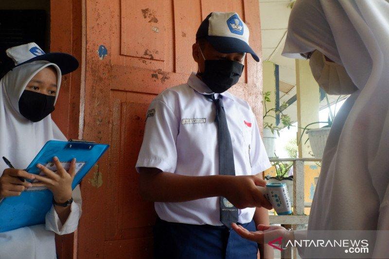 Siswa Natuna kembali belajar daring setelah pasien COVID-19 meninggal