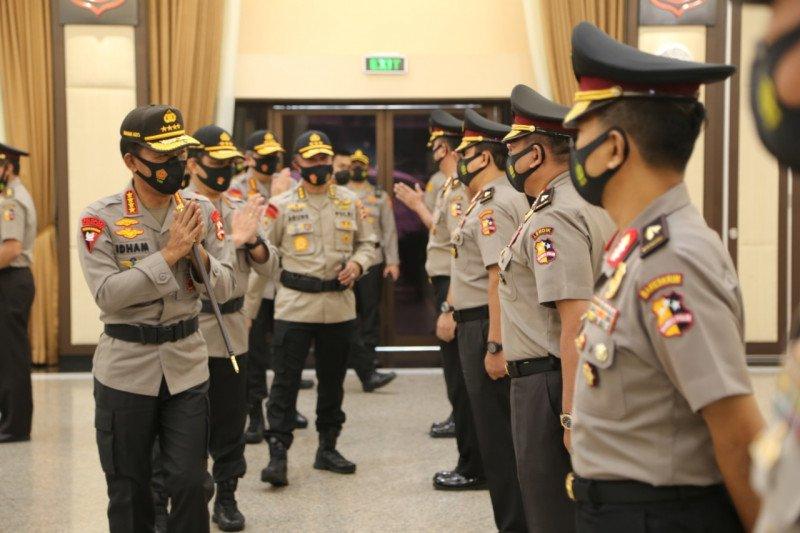 Kapolri pimpin upacara kenaikan pangkat 25 perwira Polri
