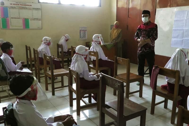 Siswa ikuti uji coba pembelajaran tatap muka harus seizin orang tua