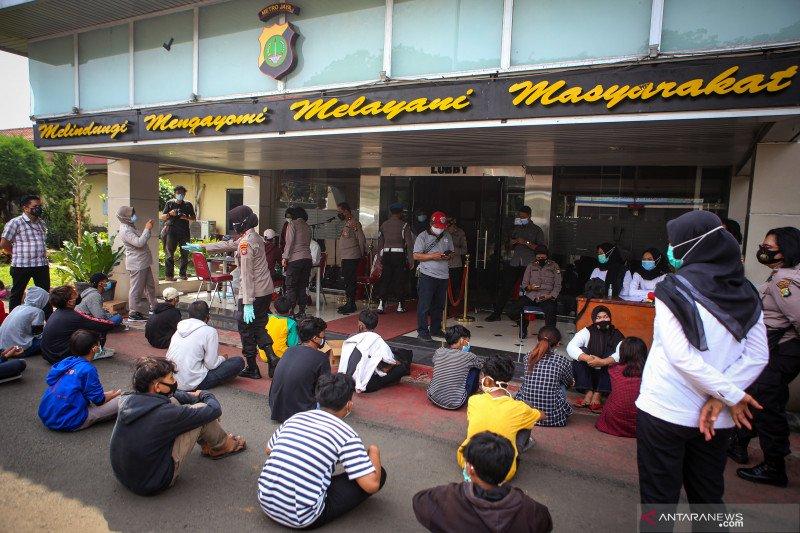 Pemberian tugas sekolah bisa kurangi jumlah pelajar ikut demonstrasi