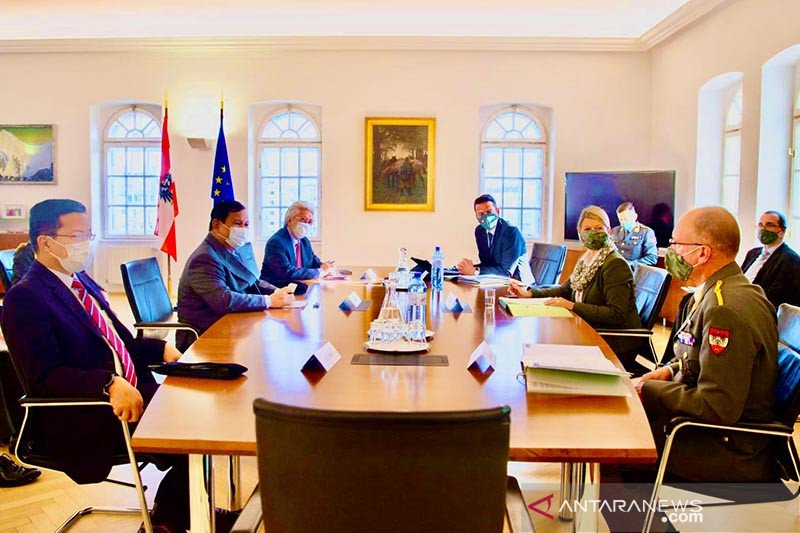 Menteri Pertahanan RI berkunjung ke Austria