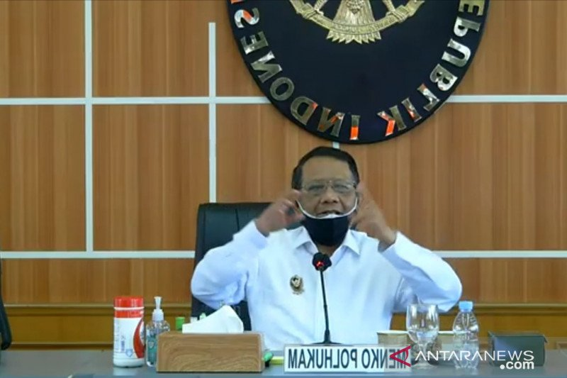 Mahfud MD terima hasil penyelidikan TGPF Intan Jaya