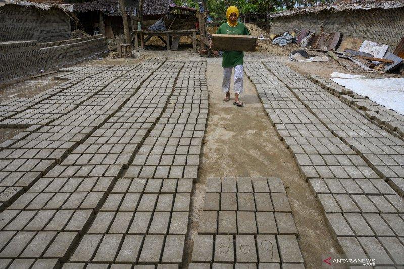 Memulihkan IKM Sulawesi Tengah melalui restrukturisasi dan subsidi KUR