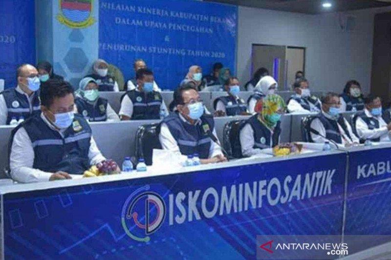 Bupati Bekasi perintahkan camat dan lurah aktif di media sosial
