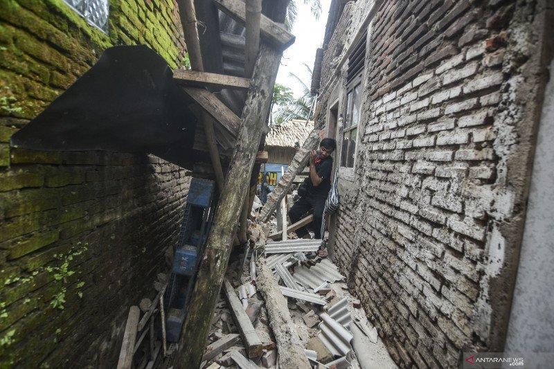 Dampak gempa Minggu pagi di Ciamis