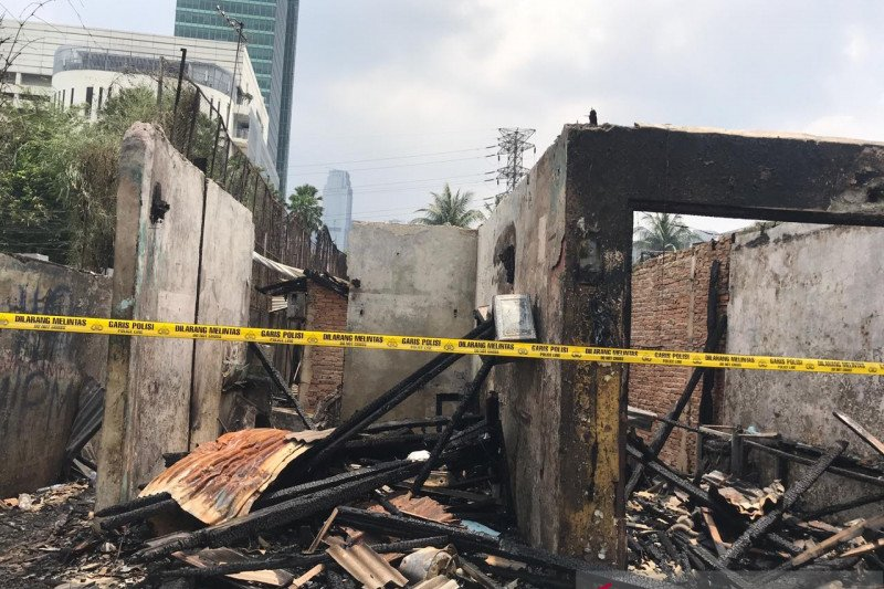 Kebakaran parkir motor dekat Mal Senayan City selesai dipadamkan