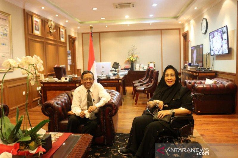 Politik kemarin, Mahfud-Rachmawati hingga Ketua KPU sembuh COVID-19